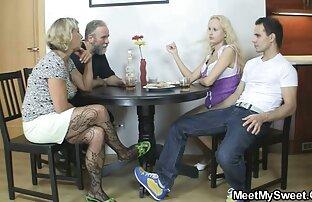 مدل ساق بلند با مشاعره بزرگ رقص استریپتز در وسط آپارتمان عکس سکسی کیر کون کس