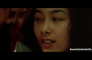 MILF عظیم آسیایی در عكس كون وكوس مینی بیکینی نوازش با دو پسر