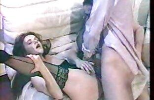 این همسر در یک عکس گایش کوس تریلر متحرک با شوهر خود ملاقات کرد و قارچ خود را قبل از مقعد بلعید