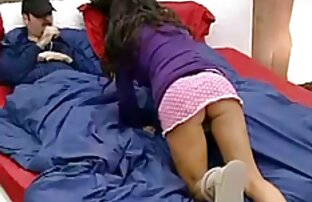 یک خانم سختگیر باعث می شود که سبزه واژن ظریف خود را لیس بزند عکس کوس پلم