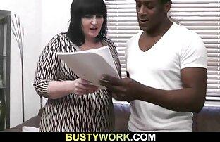 مرد شکاف یک زن خانه عکس سکسی کون و کس دار بالغ را در جوراب ها جلا می دهد و دیک خود را روی دیک خود فشار می دهد